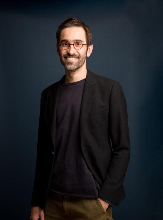 Dr Raul Costa